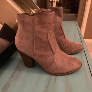 Note to self heeled bootie